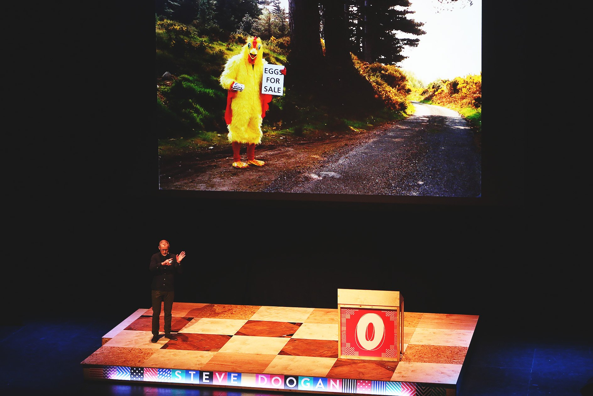 Steve Doogan at OFFSET 2015 – Chicken selling eggs