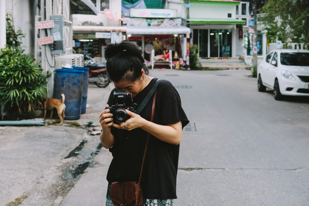Best camera for travel — Fujifilm X-T10 in Pattaya Thailand — Elly filming with the Sony A7R II